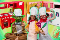 Young children Kitchen 5 –  w/ Yoda! Chocolate Cookie Dough Surprise + Young children Toy Kitchen Set, Fake Cooking